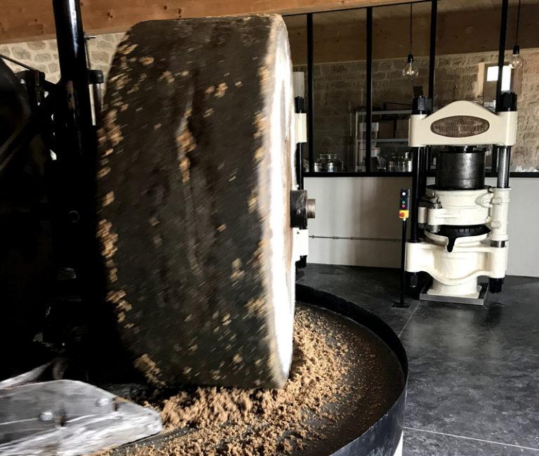 Moulin à huile de noix : pressée ce week-end