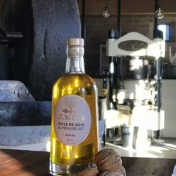 Huile de noix vierge adorée AOC – 50 cl