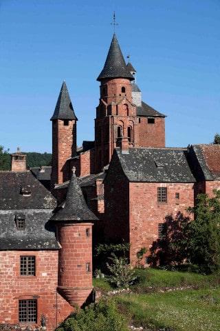 Collonges-la-Rouge - siège de l'association des plus beaux villages de France