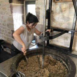 Huiles de noix traditionnelles à chaud
